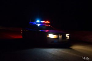Jeune dame arrêtée pour conduite avec les capacités affaiblies suite à une sortie de route