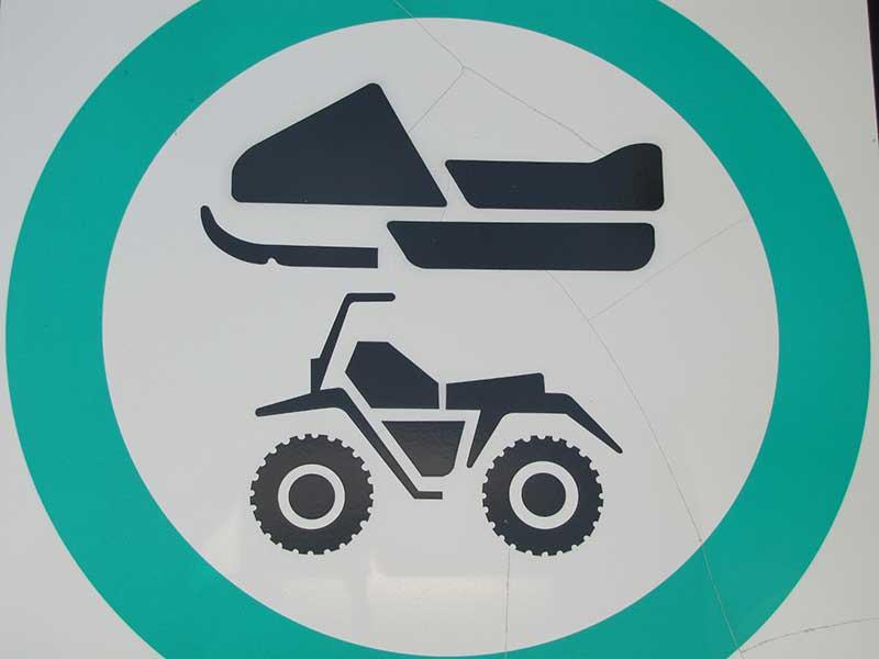 Les véhicules tout-terrain et motoneiges